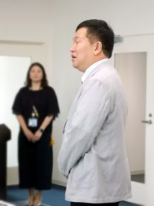 各務克郎副委員長